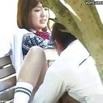 昼間っから公園のベンチでやってるカップル
