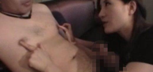 乳首攻撃する痴女