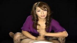 美女が淫語を言いながらずっと強烈手コキでシゴいてくれるフェチ動画