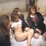 不良女子校生の教師イジメ、女の子達もチンコをハメて快感に酔いしれてる