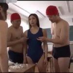 女子校生がスク水に着替え中にタイムストップ!