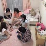 女子寮でエッチなゲーム開始!!ハーレム状態でムフフ